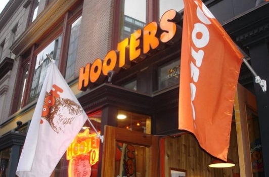 Hooters DC
